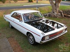 vg pacer coupe Australian Muscle Cars, Aussie Muscle Cars, American Muscle Cars, Plymouth Scamp, Chrysler Valiant, Hummer H1, Old Classic Cars, Dodge Dart, Aussies