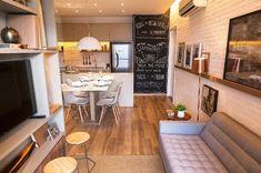 Fotos: 15 ideias para integrar sala e cozinha em apartamentos pequenos - - UOL Universa Living Room Furniture, Home Furniture, Living Room Decor, Small Apartments, Small Spaces, Small Loft, Trendy Home, Apartment Living, Apartment Layout