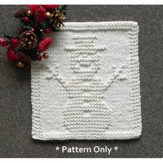Easy SNOWMAN Knitting Dish Cloth Pattern, using only knit and purl stitches. This square could be incorporated into a blanket, afghan, scarf, etc. Quick Knitting Projects, Knitting Kits, Knitting Designs, Knitting Ideas, Free Knitting, Dishcloth Knitting Patterns, Knit Dishcloth, Christmas Knitting Patterns, Crochet Baby Pants