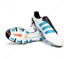 Botas de fútbol Adidas Predator AdiPower TRX FG ADULTO | White/Blue 129,95€ (V23525) #botas #futbol #adidas #soccer #boots #football #footballprice