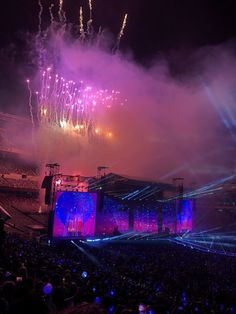 Seokjin, Namjoon, Bts Jungkook, Taehyung, Concert Crowd, Concert Stage, Army Wallpaper, Bts Wallpaper, K Pop