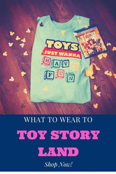 Perfect for Pixar Pier or the new Toy Story Land! Toys Just Wanna Have Fun! Get this tee for your next adventure with Buzz & Woody! Run Disney Costumes, Running Costumes, Disney Outfits, Disney Fashion Casual, Disney Inspired Fashion, Plus Size Disney, New Toy Story, Disney Tees, Hollywood Studios