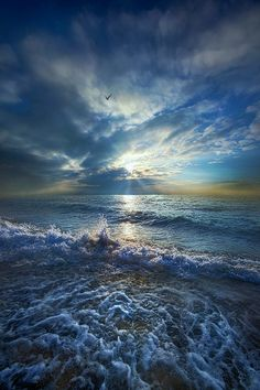 """https://flic.kr/p/s5KsWF   Each Changing Place With That Which Goes Before   Horizons By Phil Koch. Lives in Milwaukee, Wisconsin, USA. <a href=""""http://phil-koch.artistwebsites.com"""" rel=""""nofollow"""">phil-koch.artistwebsites.com</a>"""