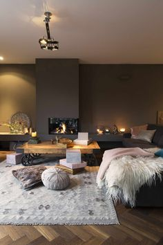 As an interior designer, you can discover modern luxury living room design ideas combining luxurious materials with a light gold House Design, Home Living Room, Living Room Decor, Home Decor, Room Inspiration, House Interior, Home Deco, Interior Design, Home And Living