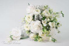 White rose wedding bouquet, White rose bridal bouquet, Wedding bouquet,  Bridal bouquet, Garden bouquet, Silk wedding  bouquet boho bouquet Rose Bridal Bouquet, Silk Wedding Bouquets, White Roses Wedding, Floral Wreath, Wreaths, Boho, Unique Jewelry, Handmade Gifts, Garden