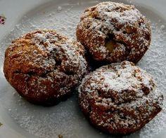 Gyors diós-almás bögrés muffin - www.kiskegyed.hu Hungarian Recipes, Hungarian Food, Baked Goods, Food To Make, Cupcakes, Sweets, Healthy Recipes, Cookies, Baking