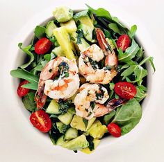 10 Super-Healthy Lunch Ideas From Fashion's Fittest Ladies | Shrimp Salad