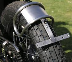 With attention to detail - Cafe Racer - Sportster Cafe Racer, Sportster Motorcycle, Cafe Racer Bikes, Cafe Racer Motorcycle, Motorcycle Design, Bike Design, Motorcycle Seats, Cafe Racer Sitz, Cafe Racer Parts