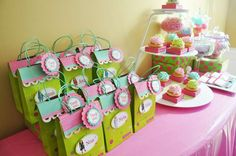 American Girl Cafe | CatchMyParty.com
