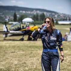 It was such an honor to fly w Lukasz Czepiela today! Definitely one of my most extreme life experiences. Thank you so much @takacsakos for making this happen. 💕#airracehungary @redbullhu @redbullairrace