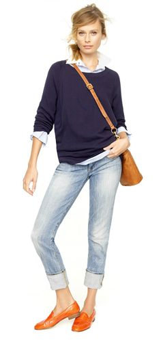 slouchy sweater / cuffed jeans / loafers