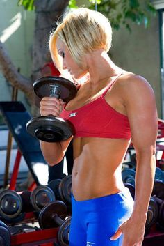 #FitnessMotivation #Motivation #Fitness for fitness articles, work out plans and inspiration visit www.carolinebakker.com Jamie Eason - absolutely love this women she is a great fitness role model!
