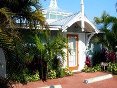 Holmes Beach Vacation Rental Cottage - 2915 Avenue E - Starfish