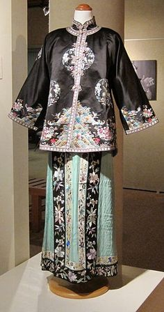 Chinese embroidered silk lady's jacket and pleated skirt, c. 1900, East-West Center