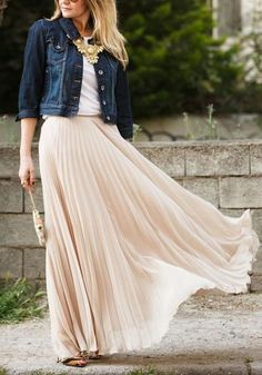 Nackt Plissee Hohe Taille A-Linie Elegante Rock Lange Faltenrock Maxirocke - Rö. - Nackt Plissee Hohe Taille A-Linie Elegante Rock Lange Faltenrock Maxirocke – Röcke – Unterteile Source by jessylindner - Cute Maxi Skirts, Pleated Skirt Outfit, Dress Skirt, Dress Up, Pleated Skirts, Long Skirts, Dress Long, Maxi Skirt Fashion, Long Skirt Outfits