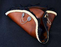 Leather Tricorn by Zidra.