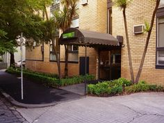 Melbourne George Powlett Apartments Australia, Pacific Ocean and Australia Located in East Melbourne, George Powlett Apartments is a perfect starting point from which to explore Melbourne. The hotel offers guests a range of services and amenities designed to provide comfort and convenience. Take advantage of the hotel's free Wi-Fi in all rooms, express check-in/check-out, luggage storage, Wi-Fi in public areas, car park. Guestrooms are designed to provide an optimal level of c...