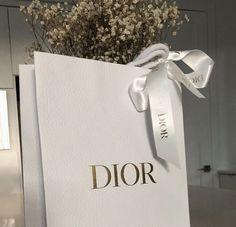 Parisian, Dior, Tote Bag, Bags, Fashion, Handbags, Moda, Dior Couture, Fashion Styles