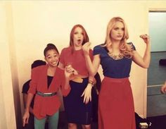 From left to right, Amandla Stenberg, Jackie Emerson, Leven Rambin :3