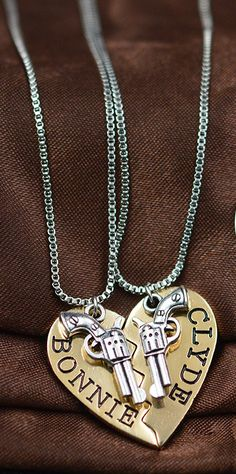 Bonnie and Clyde Necklace Set