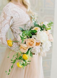 Lemon yellow inspired bouquet: http://www.stylemepretty.com/california-weddings/palos-verdes/2016/07/05/the-prettiest-way-to-mix-fruit-florals-on-your-big-day/ | Photography: Sara Weir - http://www.saraweirphoto.com/