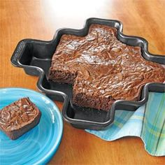 More Corners Brownie Pan. You get both crispy corners and soft centers