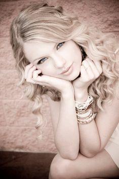 "fearless+taylor+swift   Fearless (Taylor Swift album) ""Fearless"" photoshoot"