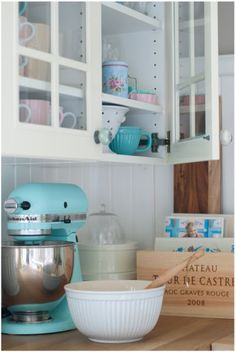 Love that KitchenAid Kitchenaid, Minty House, Melissa Sweet, No Cook Meals, Bakery, Cooking, Cup Cakes, Home, Sweet Treats