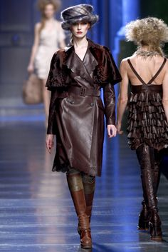 Christian Dior Fall 2010 Ready-to-Wear - Collection - Gallery - Style.com