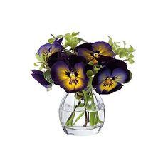 Dartington Crystal Florabundance Crystal Pansy Vase (100 BRL) ❤ liked on Polyvore featuring home, home decor, vases, flowers, decor, filler, clear, crystal vase, handmade vase and crystal home decor