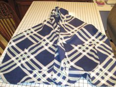 E-pocket Scarf in blue and white by JandJblankiesandETC on Etsy