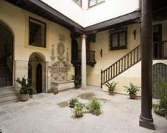 Palacio de Mariana Pineda..perfect mix between history, comfort and elegance..