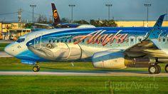 Alaska Airlines, Boeing 737-800 (N559AS) at KSAT