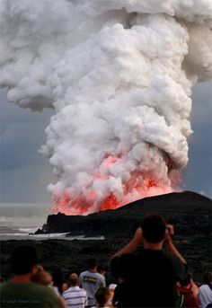 ~ Pele Roars ~ { Pay-Lay the volcano goddess) Mauna Loa volcano, Hawaii Volcan Eruption, Fuerza Natural, Erupting Volcano, Monte Fuji, Mauna Loa, Dame Nature, Hawaii Volcano, Lava Flow, Tornados