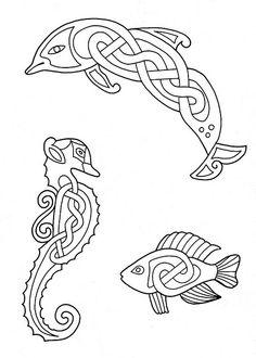 Knotwork aminals: aquatic edition