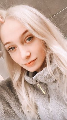 Daenerys Targaryen, Game Of Thrones Characters, Wattpad, Tik Tok, Instagram, Photos