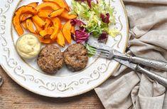 Karbanátky se zelím a houbami | na serveru Lidovky.cz | aktuální zprávy Roast Pumpkin, Sauerkraut, Korn, Whole 30, Lucca, Paleo, Diet Recipes, Stuffed Mushrooms, Low Carb