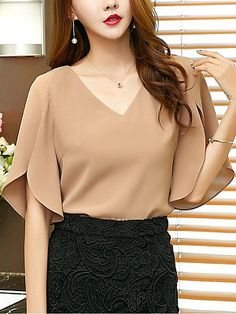 Spring Summer Chiffon V-Neck Plain Split Sleeve Short Sleeve Blouse - Top clothes Blouse Styles, Blouse Designs, Cheap Womens Tops, Chiffon, Cheap Blouses, Trendy Tops, Half Sleeves, Short Sleeve Blouse, Clothes