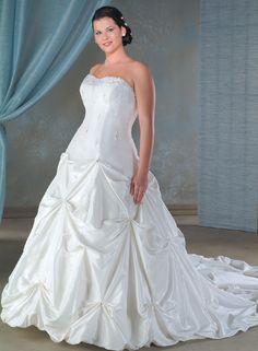 plus size wedding gowns.. .gorgeous¡!!!