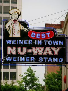Nu-Way Wiener Stand .Macon Georgia Johnny grew up here and this is his favorite place to get hotdogs. Advertising Signs, Vintage Advertisements, Macon Georgia, Atlanta Georgia, Retro Signage, Roadside Attractions, Roadside Signs, Vintage Neon Signs, Georgia On My Mind