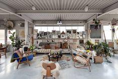 Warehouse turn into a Home I Living Room