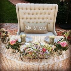 120 Adorable Sweetheart Table Decor Ideas