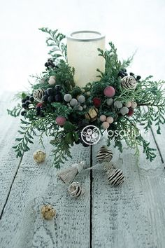 sakaseru クリスマスアイテム の画像|ロザブロ ウェディングフラワー&ギフトフラワー Winter Flowers, Christmas Flowers, Christmas Candles, Noel Christmas, Christmas Crafts, Christmas Arrangements, Christmas Table Decorations, Flower Arrangements, Xmas Wreaths