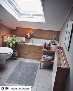 Beautiful Small Bathroom Makeover Ideas for Inspiration Loft Bathroom, Upstairs Bathrooms, Small Attic Bathroom, Bad Inspiration, Bathroom Inspiration, Bathroom Ideas, Interior Design Living Room, Living Room Designs, Interior Livingroom