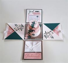 Here I show an explosion box with a wedding cake in which you can spend your money . Here I show an explosion box with a wedding cake in which you can hide your money gift … Scrapbook Box, Wedding Scrapbook, Diy Gift Box, Diy Gifts, Diy Birthday, Birthday Cards, Birthday Ideas, Birthday Explosion Box, Exploding Gift Box