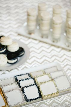 Sparkly NYE Party   Southern Fried Paper   Photos by Apryl Ann www.theglitterguide.com