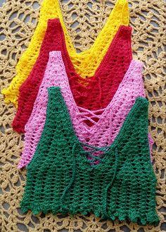 Kit 6 peças Cropped/regata crochê Mode Crochet, Crochet Tunic, Crochet Crop Top, Crochet Clothes, Crochet Bikini, Crochet Bookmark Pattern, Crochet Bookmarks, Crochet Diagram, Knitting Designs