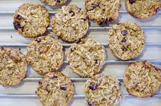 RECEPT: Diétne ovseno-jablkové koláčiky Muffin, Sweets, Cookies, Breakfast, Desserts, Food, Crack Crackers, Morning Coffee, Tailgate Desserts