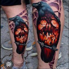 Ardente raven perna tatuagem http://tatuagens247.blogspot.com/2016/08/outlaw-tatuagem-ideias-para-homens.html