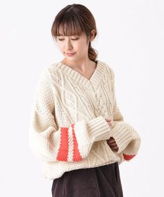 Kastane ラインBIGニット Cable Sweater, Pullover Sweaters, Knit Fashion, Fashion Outfits, Knit Picks, Winter Warmers, Knitting Designs, Preppy, Aran
